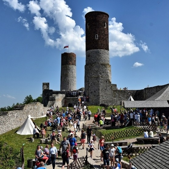 archiwum Zamek Chęciny