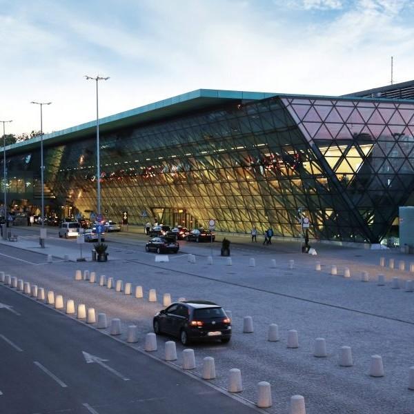 materiały Kraków Airport