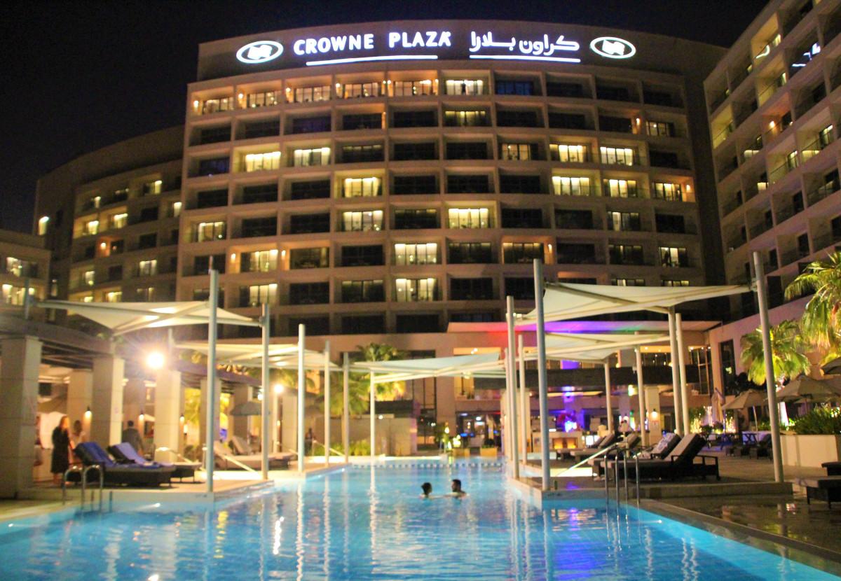 top touristik yaz island crowne plaza