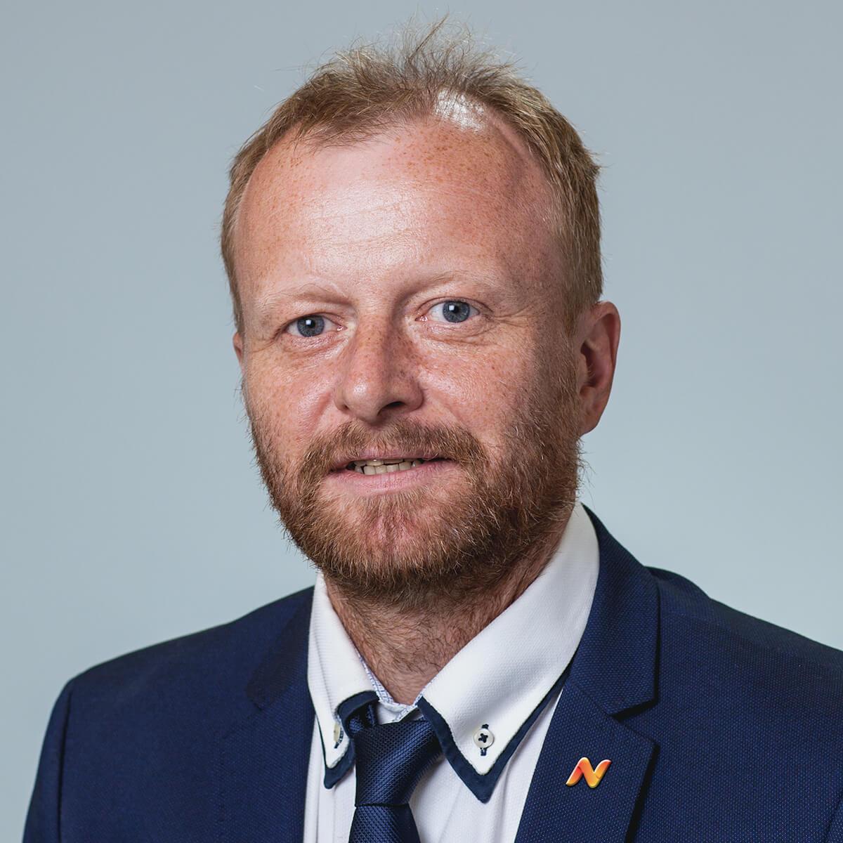 Maciej Madej, Nekera
