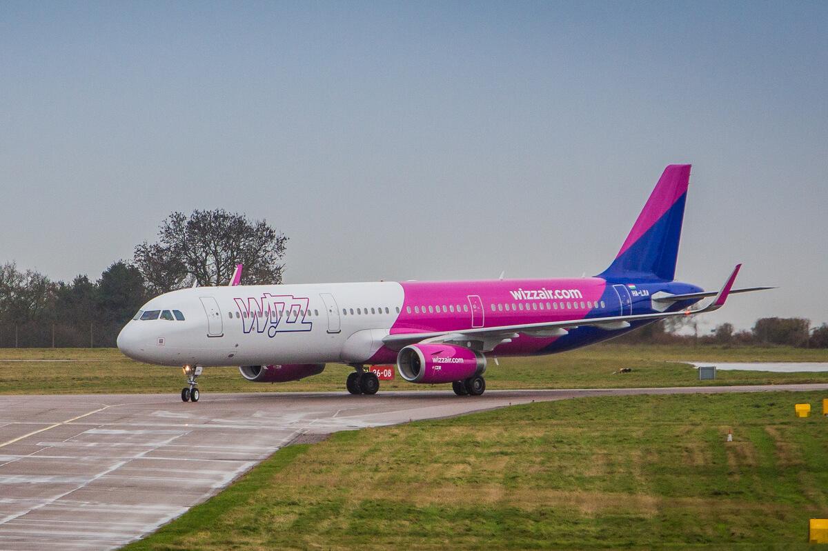 Airbus A321 w barwach Wizz Air