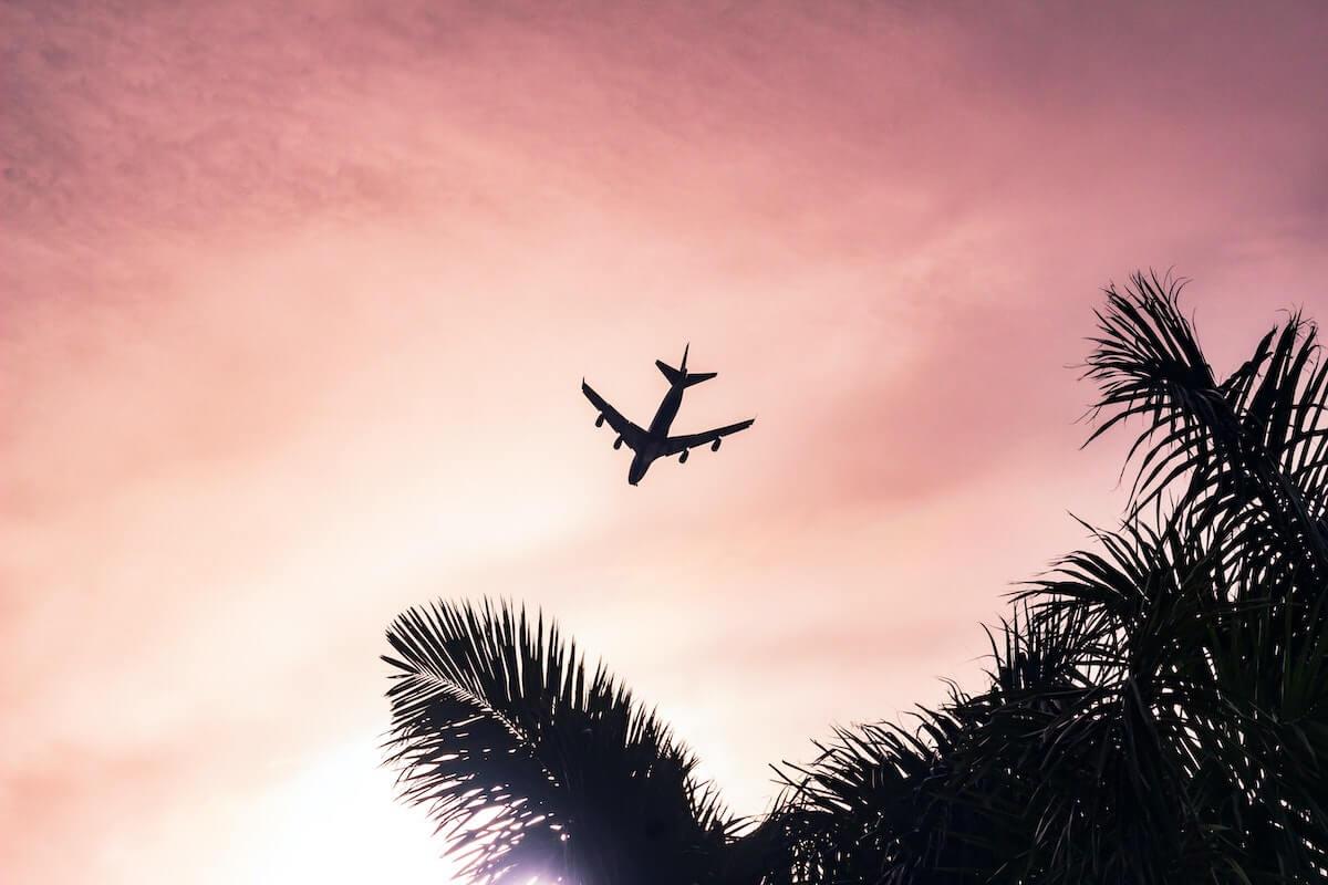 icao mniej pasażerów lotniczych