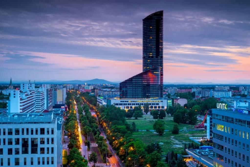 Od poniedziałku można podziwiać panoramę Wrocławia ze Sky Tower