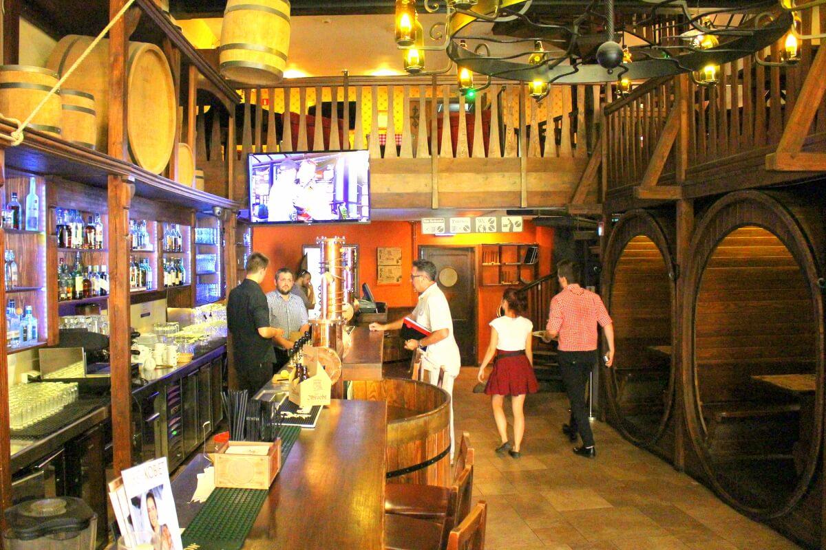 Restauracje i knajpy otwarte od 18 maja