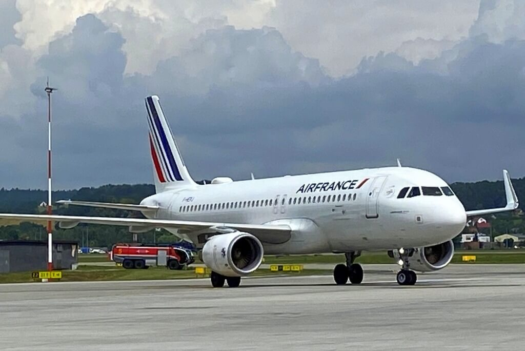 Air France lata na trasie Kraków - Paryż