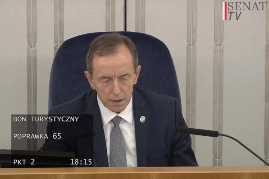 Senat przegłosował poprawki do ustawy o bonie turystycznym
