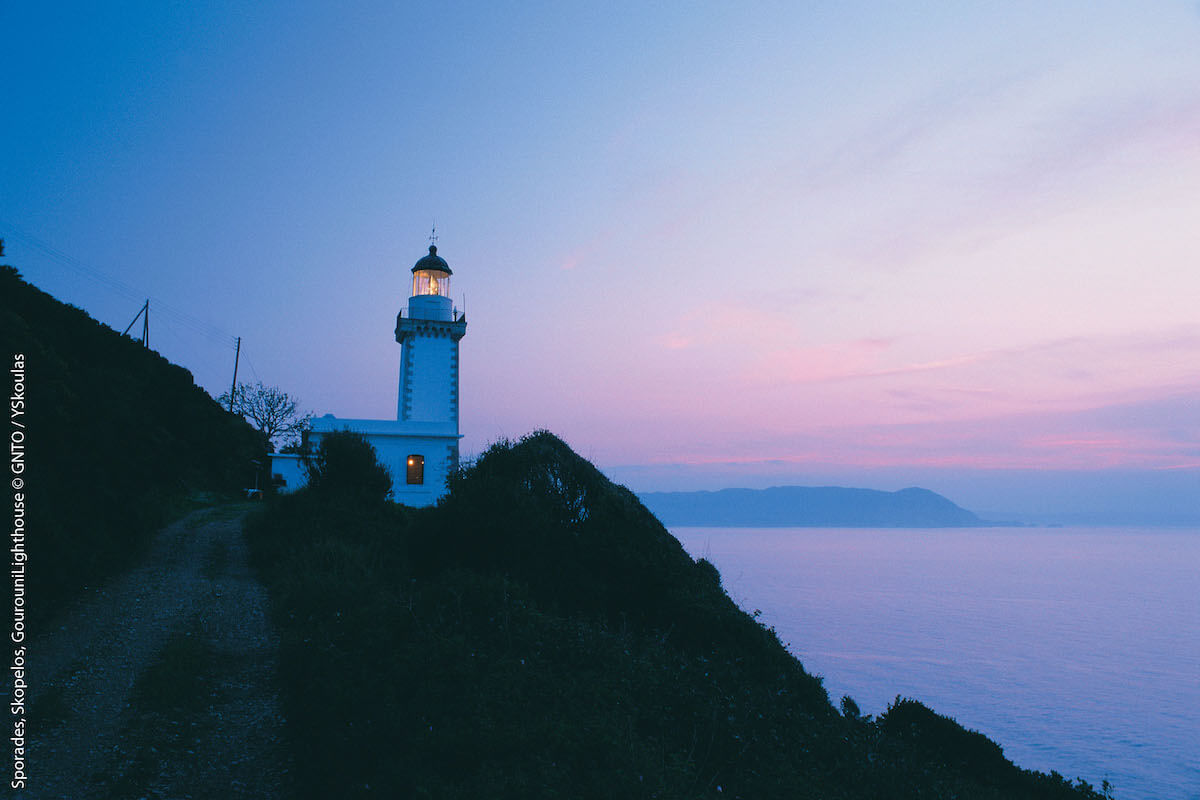Skopelos, latarnia morska Gourouni