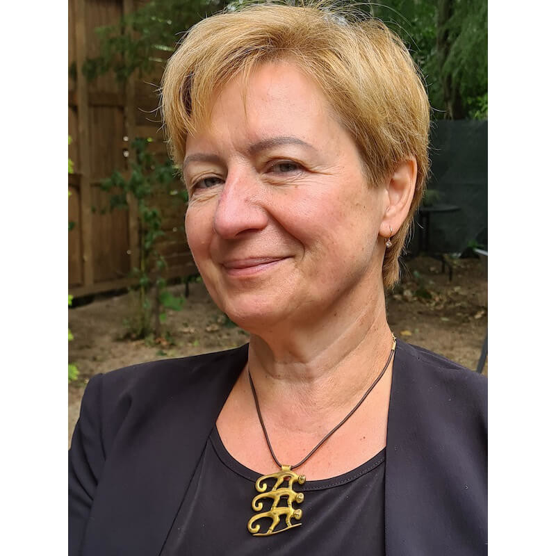 Karolina Gnusowska-Weiss