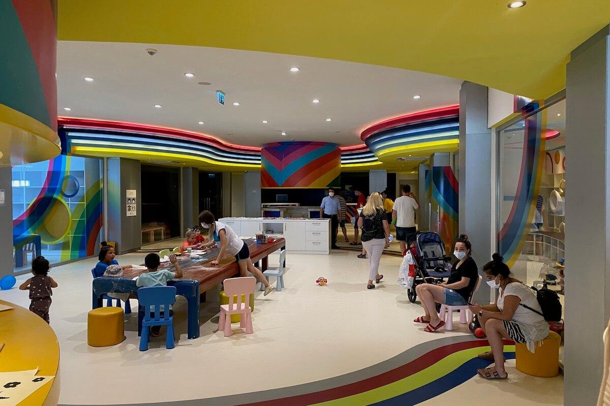 Mini klub w Paloma Grida
