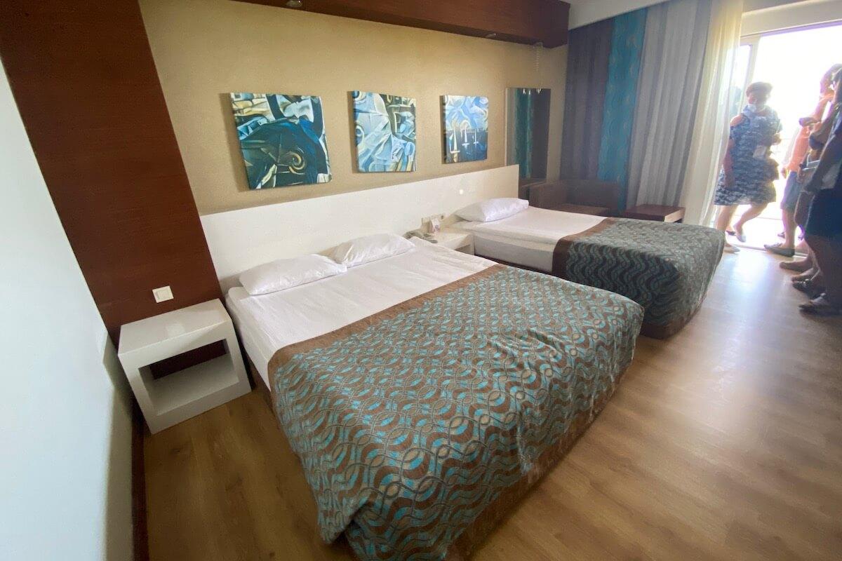Seaden Sea World - family room
