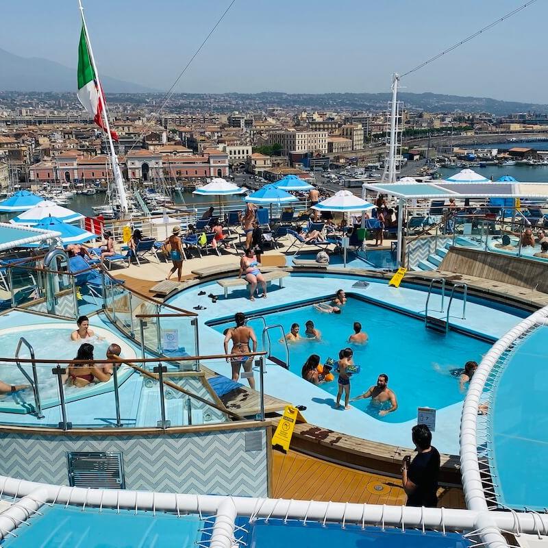 Widok na rufę Costa Firenze